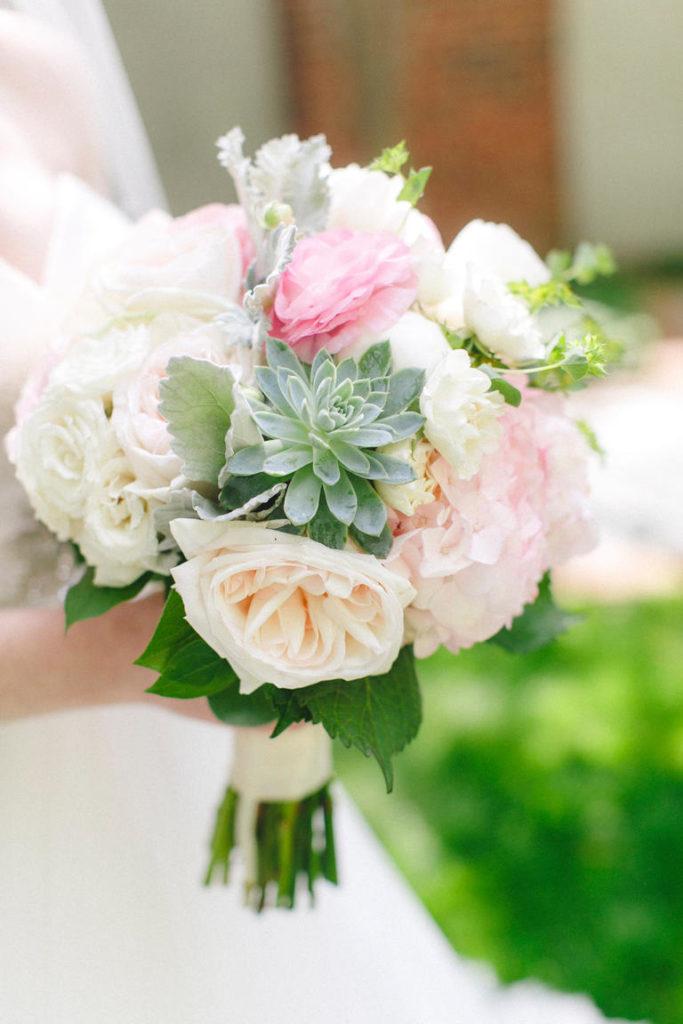 bouquet sposa con piante grasse