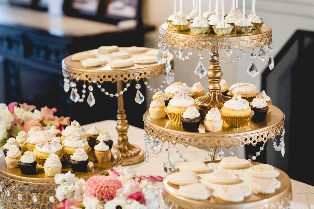 Bon ton a tavola la scelta del centrotavola matrimonio a bologna blog - Bon ton a tavola ...