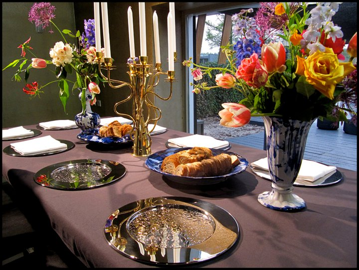 Bon ton a tavola piatti da portata e pane matrimonio a bologna blog - Bon ton a tavola ...
