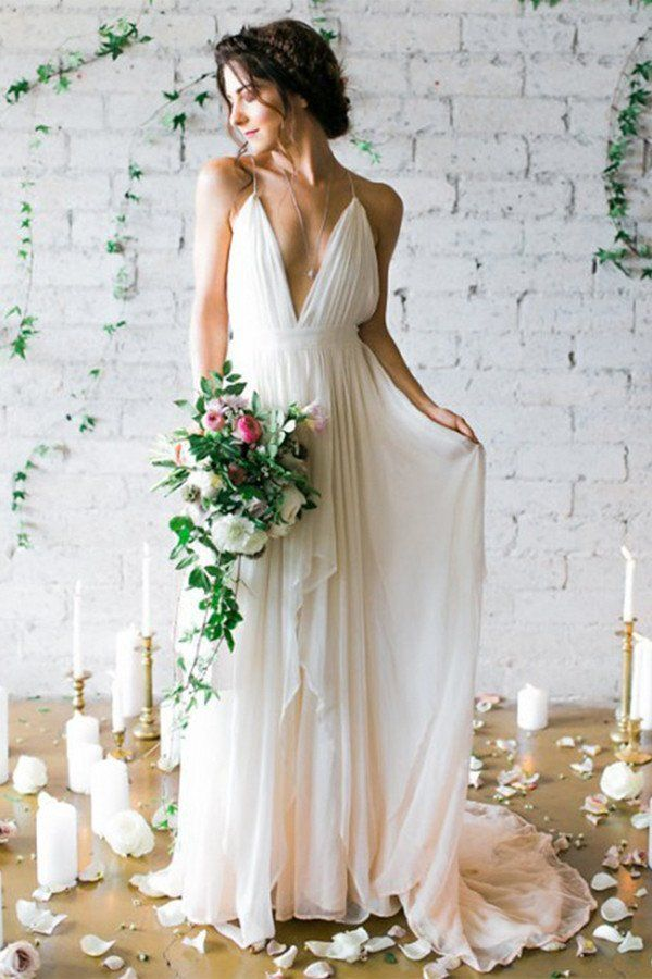 outlet store 94018 17b0c L'abito da sposa per il matrimonio in spiaggia - Matrimonio ...