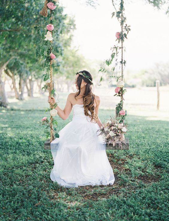 decorare le nozze con le altalene