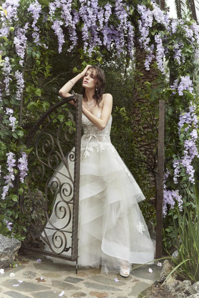 collezione sposa femminile e romantica