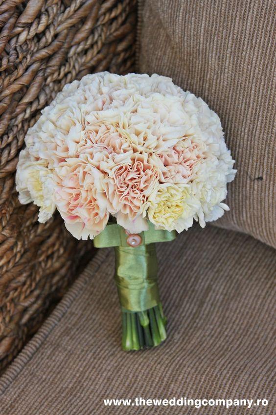 Bouquet sposa garofani
