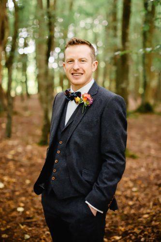 outfit rustico per lo sposo