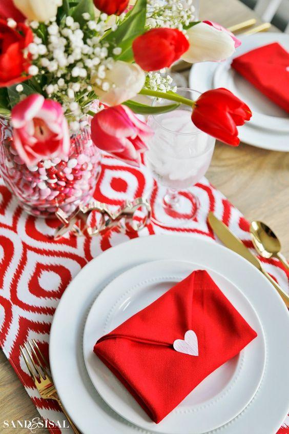 Apparecchiare per San Valentino