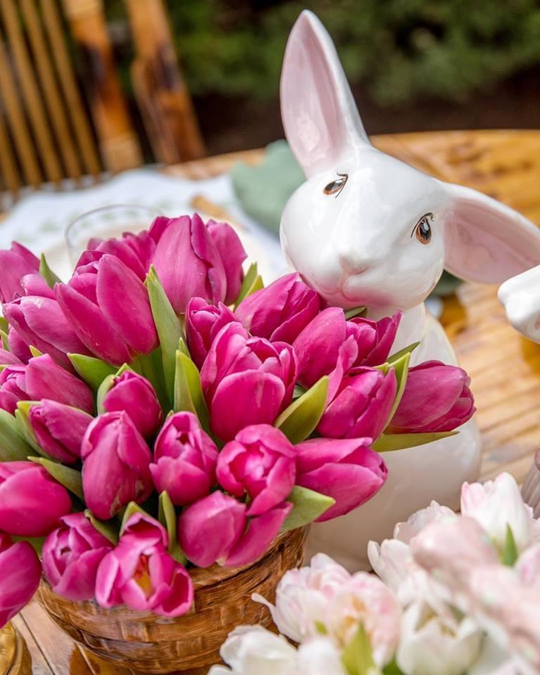 Dettagli tavola di Pasqua